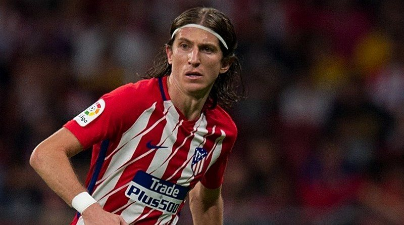 Juventus linked with a move for Filipe Luis on